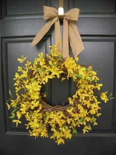 etsy - daul house shop - easter - easter and spring forsythia wreath