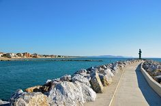 Tuscany / San Vincenzo #TuscanyAgriturismoGiratola Vacation Trips, Vacations, Lucca, Siena, Land Scape, Tuscany, Places Ive Been, Cool Pictures, Sidewalk