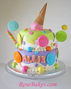 Lollipops & Ice Cream Candyland Cake this site has tons of her… Torta Candy, Candy Cakes, Candy Theme Cake, Fondant Cakes, Cupcake Cakes, Lollipop Cake, Beautiful Cakes, Amazing Cakes, Ice Cream Party