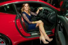 Jaguar F-Type unveiled to Celebrity Crowd in London