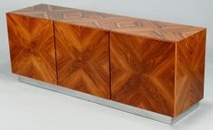 Lot 584: Milo Baughman / Thayer Coggin Credenza - Image 1 - http://www.liveauctioneers.com/catalog/49503_winter-fine-art-and-antiques-auction/page30?rows=20