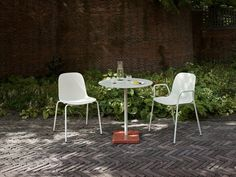 Explore the Terrazzo Table by Daniel Enoksson for HAY, a durable table suitable for outdoor use. Terrazzo, Find Furniture, Outdoor Furniture Sets, Hay Design, Outdoor Tables, Outdoor Decor, Lighting Sale, Steel Table, Modern
