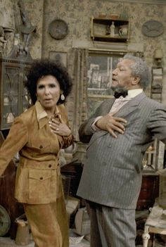 Visit from Lena Horne' Episode 16 Aired Pictured Lena Horne as Herself Redd Foxx as Fred G Sanford Photo by NBCU Photo Bank Lena Horne, Redd Foxx, Sanford And Son, Most Beautiful Black Women, Civil Rights Activists, Stars Then And Now, Classic Tv, Beautiful Actresses, Sons
