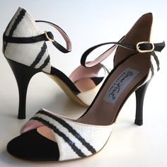 www.felinashoes.com Argentine Tango Shoes from Comme il Faut shoes. Black and white  leather stilettos. Sizes 4 (34), Size 5 (35), Size 6 (36), Size 7 (37), Size 8 (38), Size 9 (39), Size 10 (40), Size 11 (41)