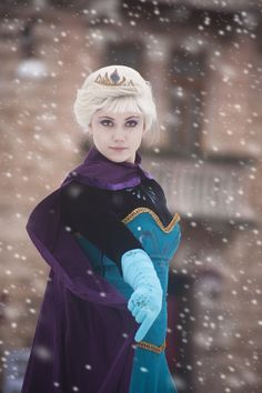 "Freeze! by GrimildeMalatesta.deviantart.com on @deviantART - Elsa from ""Frozen"""