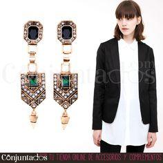 Los #Pendientes Artdecó son para #mujeres con verdadero #estilo. Con unos tonos que nunca pasan de #moda, este precioso #complemento derrocha #elegancia sin esfuerzo ★ Precio: 13,95 € en http://www.conjuntados.com/es/pendientes/pendientes-largos/pendientes-artdeco-verdes-y-dorados.html ★ #novedades #earrings #joyitas #jewelry #bijoux #accesorios #tendencias #trendy #style #chic #boho #GustosParaTodas #ParaTodosLosGustos