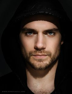 Not normally into scruff, but I can always make an exception for Henry Cavill