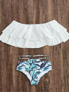 To find out about the Flounce Layered Neckline Jungle Print Bikini Set at SHEIN, part of our latest Bikini Sets ready to shop online today! Bathing Suits For Teens, Summer Bathing Suits, Cute Bathing Suits, Bikini Sets, The Bikini, Bikini Ready, Cute Swimsuits, Women Swimsuits, Ruffled Bikini Top