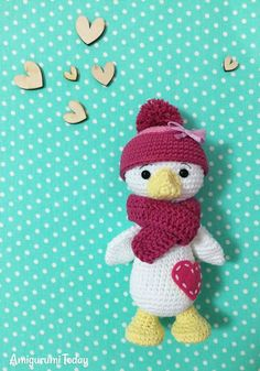 Amigurumi duckling pattern by Amigurumi Today