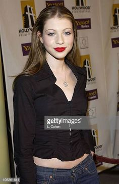"Michelle Trachtenberg during ""The Singing Detective"" Premiere - Red. Michelle Trachtenberg, New York City, Georgina Sparks, Hollywood Film Festival, Colombian Girls, Roselyn Sanchez, Prettiest Actresses, Carey Mulligan, Zoe Saldana"
