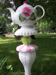 Pink and Green TeaPot Totem