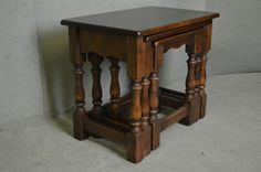 SUPERB SOLID OAK NEST OF 3 COFFEE TABLES  / OCCASIONAL TABLE