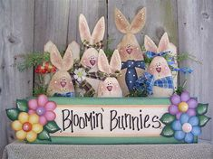 Decorative Woodcraft & Tole Painting Pattern Packets by Heidi Markish Designs- could make with the brown bunnies i have Wood Craft Patterns, Tole Painting Patterns, Easter Projects, Easter Crafts, Easter Decor, Easter Ideas, Wood Crafts, Diy Crafts, Pintura Country