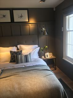 Small Guest Rooms, Bedroom Decor For Small Rooms, Master Bedroom Interior, Room Design Bedroom, Bedroom Layouts, Guest Bedrooms, Bedroom Colors, Home Bedroom, Bedroom Wall