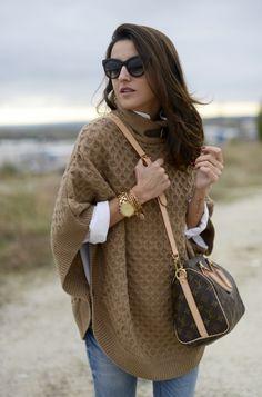 Love the poncho & bag combo.