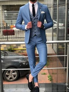 Collection : SPRİNG - SUMMER : Slim-Fit patterned suit vest blueColor code : BLUEAvailable Size : material : 65 viscon , 32 polyester , 3 elestan Machine washable : No Fitting : slim-fit Cutting : double button, double slitsRemarks : Dry Cleaner Indian Men Fashion, Mens Fashion Suits, Fashion For Men, Traje Slim Fit, Costume Slim, Terno Slim, Blazer Outfits Men, Casual Outfits, Classy Suits