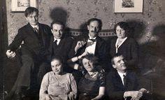 Németh+László,Illyés+Gyula,Babits+Mihály,Farkas+Zoltánné,Németh+Lászlóné,+Török+Sophie,Erdélyi+József+Németh+Lászlóéknál+1930+szilveszterén.jpg (1065×647)