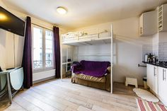 Inexpensive furnished studio for rent at Avenue de Versailles in the 16th district of Paris.