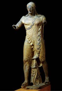 Apollo,Temple of Minerva (Veii, near Rome, Italy) and sculpture of Apollo. Master sculptorVulca. c. 510–500 B.C.E. Original temple of wood, mud brick, or tufa (volcanic rock); terracotta sculpture.