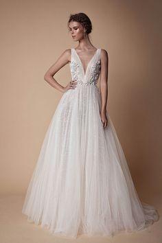 Muse by Berta 2018 Wedding Dress Collection Boho Wedding Dress, Bridal Dresses, Wedding Gowns, Lace Dresses, Wedding Ceremony, Wedding Venues, Muse By Berta, Mod Wedding, Wedding Meme