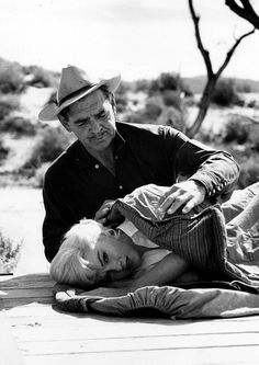 """Marilyn Monroe and Clark Gable on the set of""""The Misfits"""",photographed by Ernst Haas, 1960."""