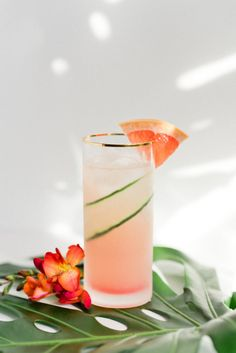 Get in vacation mode with a Grapefruit Cucumber Gin Cooler. Check out the full recipe to make your own. Summer Cocktails, Cocktail Drinks, Cocktail Recipes, Margarita Recipes, Cocktail Photography, Food Photography, Cucumber Gin Cocktail, Cucumber Drink, Drink Photo
