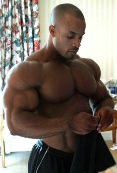Victor Martinez | Insane Victor Martinez triceps pics - Bodybuilding.com Forums