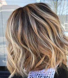 11-Short Wavy Hairstyle