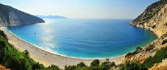 The exotic sunny #GreekIslands are ideal for a Private #YachtCharter in #Greece! 