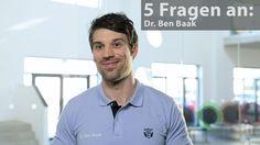 """In """"5 Fragen an…"""" stellt sich ein Experte unseren Fragen rund um das bellicon®. Diesmal beantwortet der Bewegungskonzeptionist Dr. Ben Baak fünf oft gestellte Fragen rund um das Minitrampolin."""