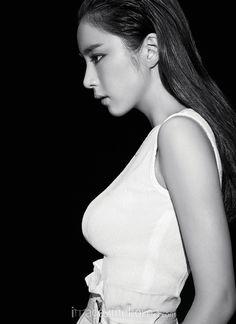 Shin Se Kyung - Harper's Bazaar Magazine September Issue '15