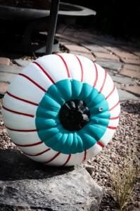 DIY Halloween: DIY The Great Eyeball Pumpkin: DIY Halloween Decor