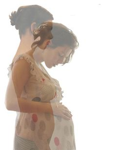 unique maternity photo create by making both layers transparent. I don't normally pin maternity photos because they are everywhere, but this one is a neat idea