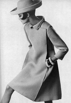 Editha Dussler is wearing a sharp green coat with blind closing and giant square-seamed pleats in the back by Stanley Nelson, wide roller by Emme, photo by Penn for Vogue, 1967 | Flickr - Photo Sharing!