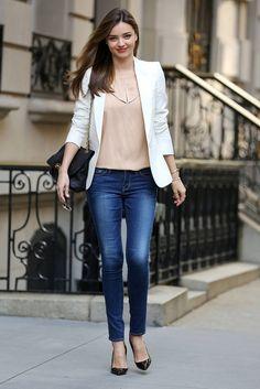 Miranda Kerr styling a white blazer. http://goo.gl/OPNHFW