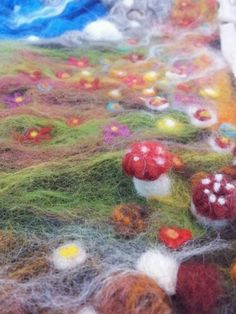Magical Felt Play Mat - Toadstools close up. More ideas for imaginative play at makiedo.com
