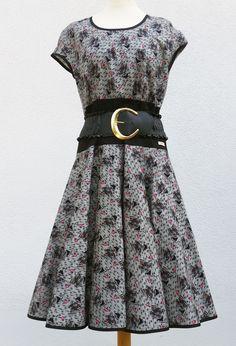 Kleid im 50er Jahre Stil von klennes.