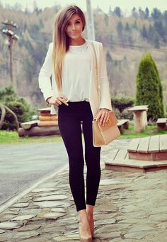 White, Black And Beige Outfit Idea