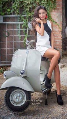 VESPA_GIRL,#SCOOTER...