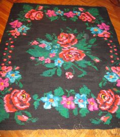 Antique Romanian hand woven carpet, rug, two sided kilim. Available at www.greatblouses.com Rugs On Carpet, Carpets, Kilims, Romania, Hand Weaving, Tapestry, Kids Rugs, Antiques, Rose