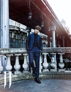 Lee Min Ho looking suave and stylish on the streets of Paris