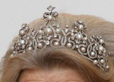 Wurttemberg pearl and diamond tiara without the drop pearls.
