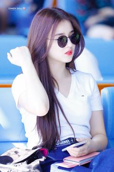10 Simple Makeup Tutorials That Make Your Face Younger Korean Beauty Girls, Beauty Full Girl, Cute Girl Poses, Cute Girl Photo, Beautiful Girl Photo, Beautiful Girl Image, The Most Beautiful Girl, Beautiful Bollywood Actress, Beautiful Indian Actress