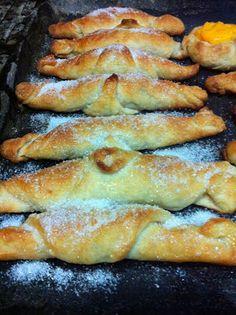Azalia - Tartas Cupcakes y Galletas decoradas: Bizcochos Uruguayos - Croissant