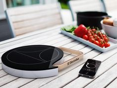 Mobile Induction Heat Plate by Tommi Moilanen