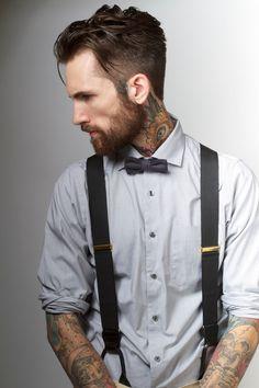 Matcha flugan med hängslena. Här i en enkel stilren look. [Matching bow tie and suspenders.] #wedding #bröllop #ecobride