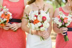 Prachtige boeketten voor de bruidsmeisjes én de bruid