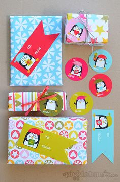 Free Printable Christmas Penguin Gift Tags! (with matching free printable gift wrap too!)