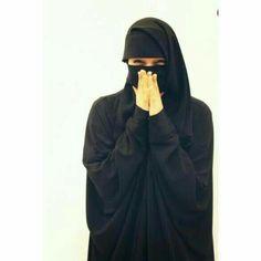 Hijabi Girl, Girl Hijab, Hijab Niqab, Hijab Outfit, Muslim Girls, Muslim Women, Beautiful Hijab, Most Beautiful Women, Hijab Dpz