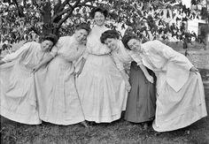 1900 - 1910s Fashion Hair Style